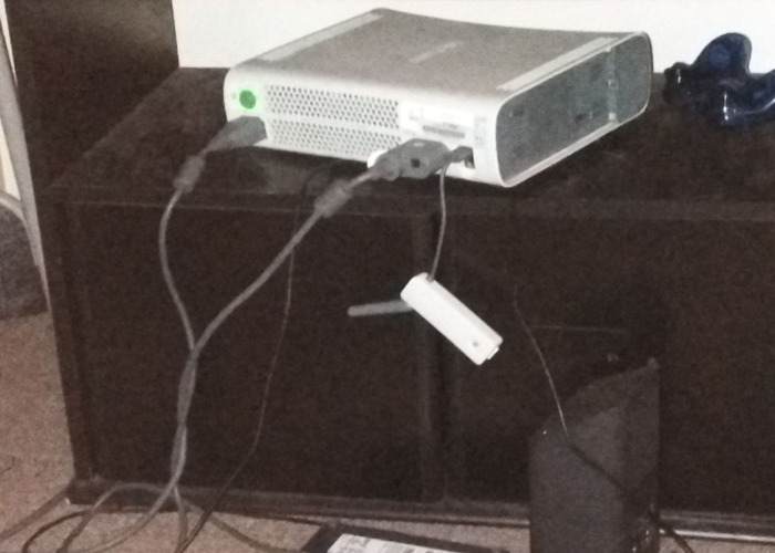 Xbox 360 with games - 1