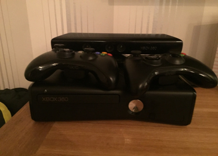 Xbox 360 with Kinect & Games  - 1
