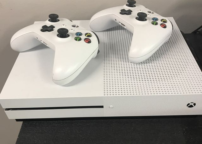 Xbox One Console with 2 Remotes - 1