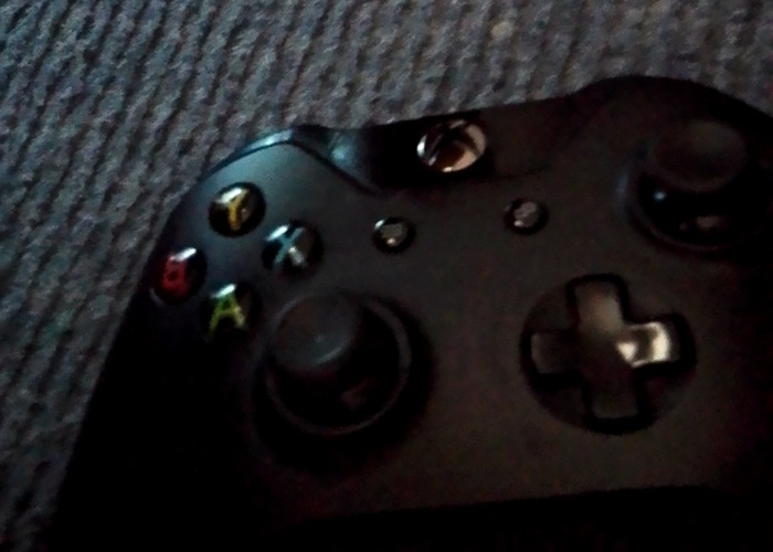 Xbox One Controller - 1