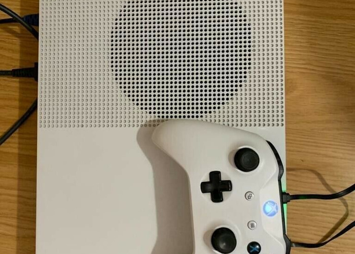 Buy Xbox one s 500gb console , 3 games ! Great condition ! Price stands ,  no offers !