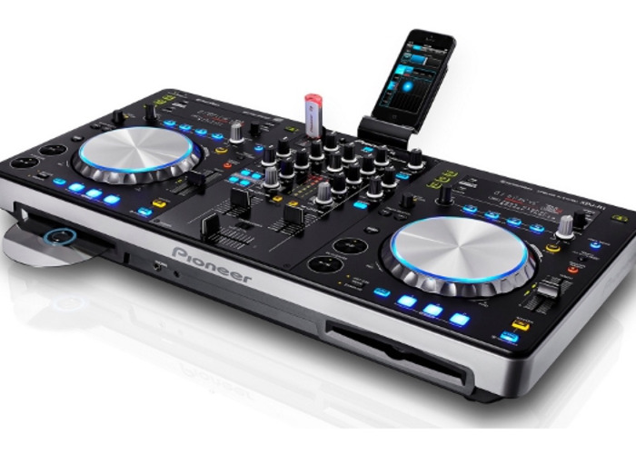 Xdj R1 all-in-one with aux cable - 1