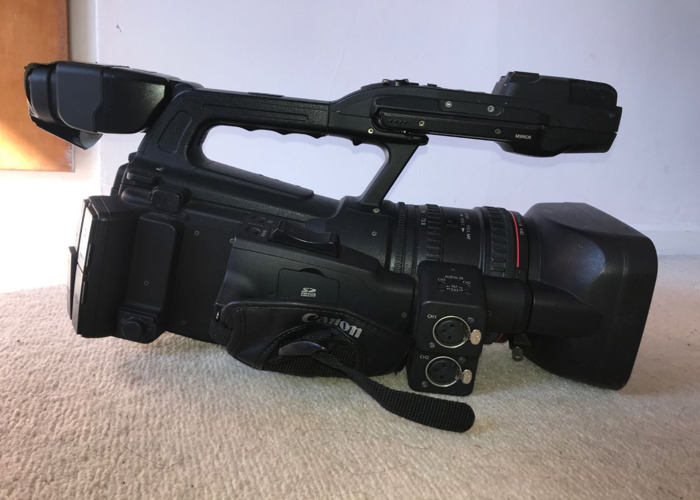 XF300 camera, sound gear and dedolight..  - 1