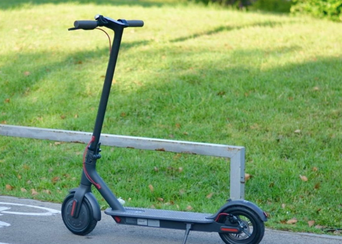 Xiaomi 365 Electric Scooter  - 1