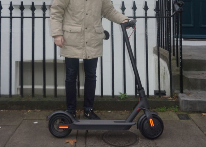 Xiaomi M365 Electric Scooter 2 - 1