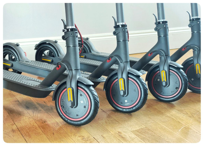 Electric Scooters 4x Xiaomi M365 PRO - 2