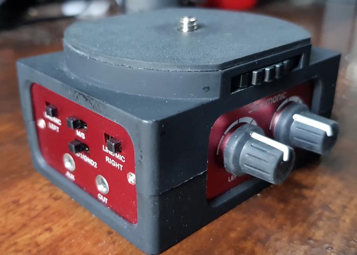 XLR breakout box for DSLR plus XLR cable - 2