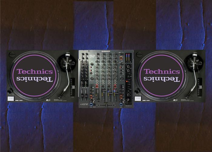 Xone 92 and Technics 1210 MK2 - 1