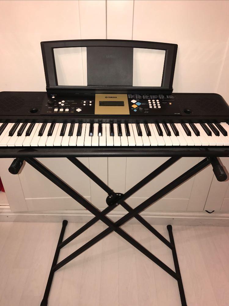 Yahama Keyboard  - 1