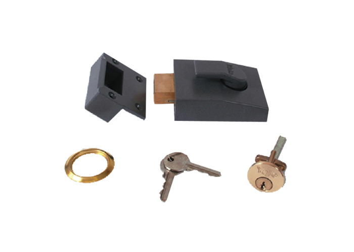 YALE 82 Deadbolt Nightlatch - 60mm DMG Case PB Cyl  - 1