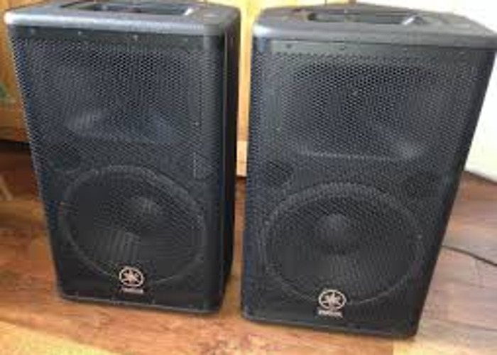Rent Yamaha DSR112 PA Live Sound DJ Speakers in Brooklyn