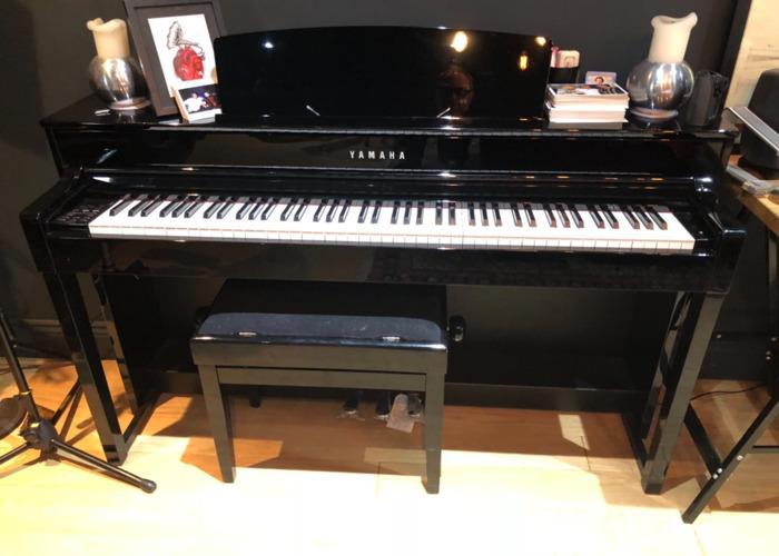 Yamaha electric upright piano  - 1