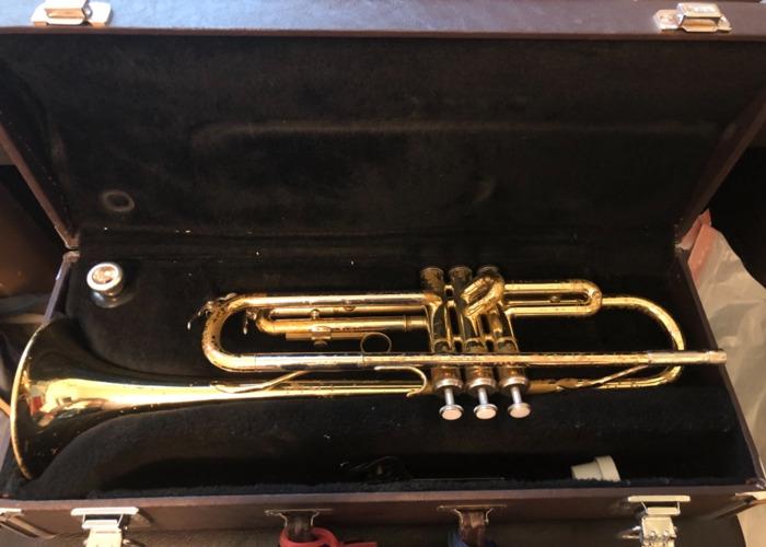 Yamaha Student Model Trumpet - 1