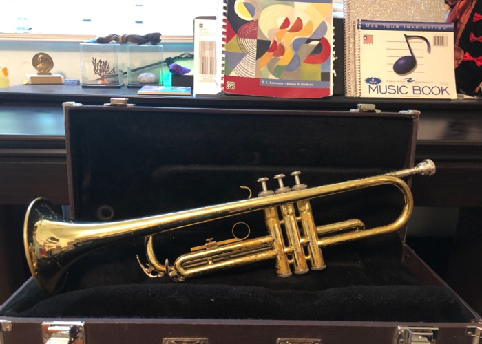 Yamaha Student Model Trumpet - 2