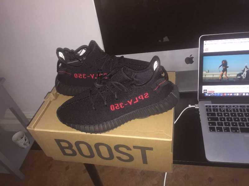 Yeezy 350 V2 Bred Trainers - 1