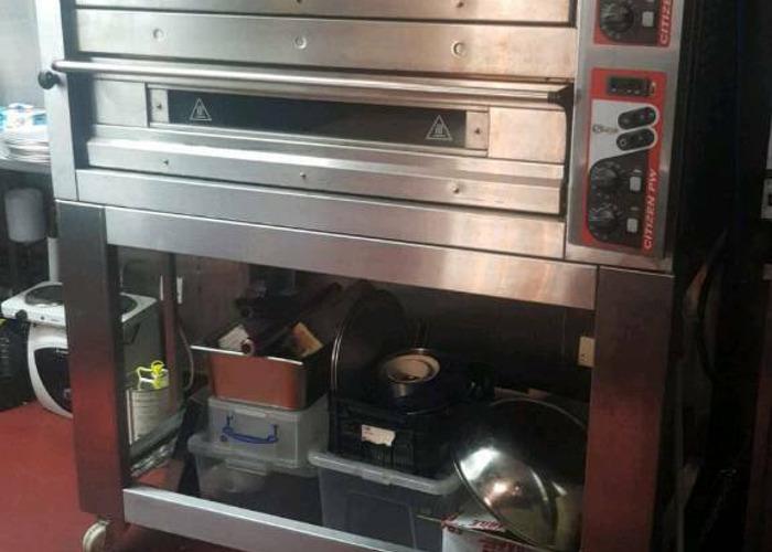 Zanolli Citizen Electric Pizza Oven 6+6L Twin Deck And Stand - 1