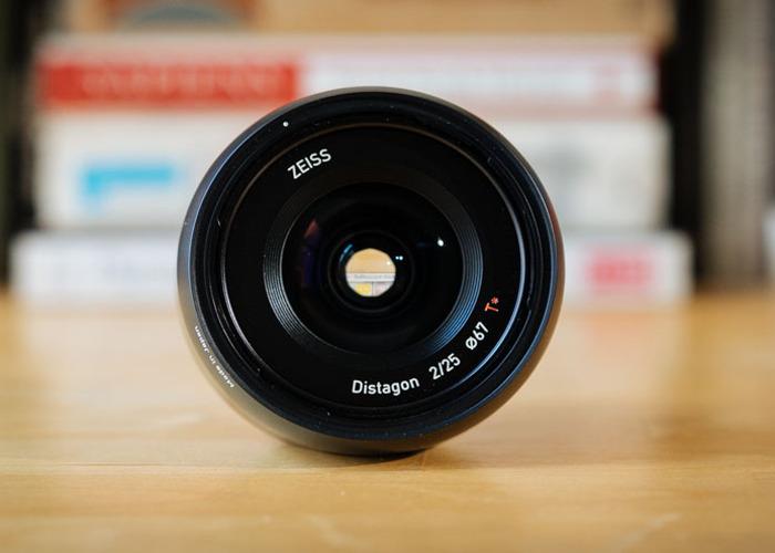 Zeiss Batis prime set: 25mm, 40mm, 85mm - 2