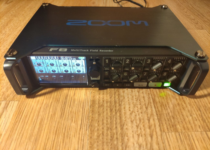 Zoom F8 - Mixer Recorder: 8 clean inputs, Timecode In&Out... - 2