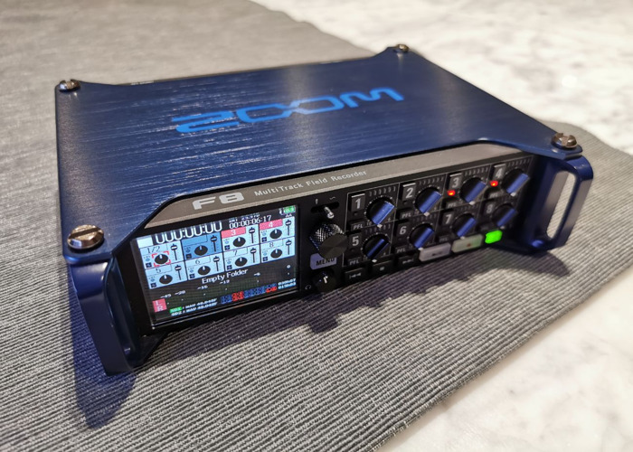ZOOM F8 MultiTrack Field Recorder - 1
