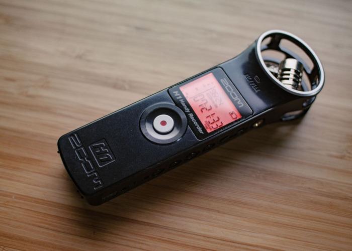 Zoom H1 Audio Recorder + Rode Smartlav+ - 1