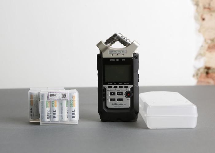 Zoom H4n Pro / Microphone Handy Recorder 4 Tracks - 1