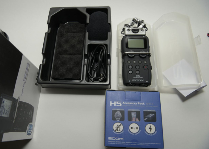 Rent Zoom H5 Field recorder + Zoom APH-5 Accessory Pack for H5 in London