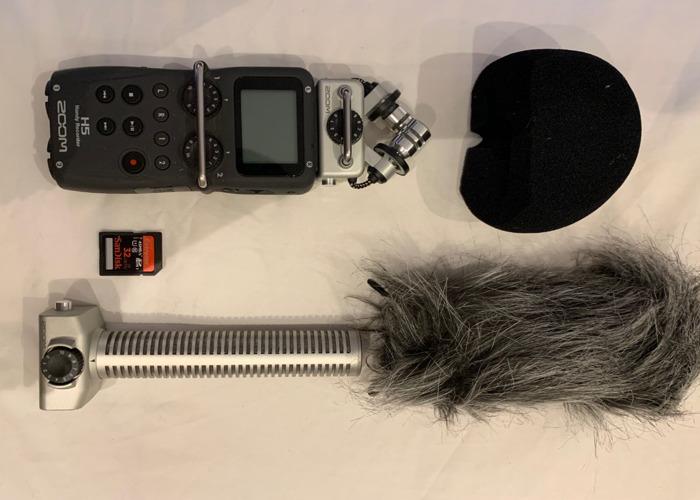 Zoom H5 Portable Audio Recorder, Shotgun Mics & Boom - 2