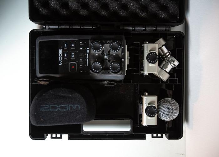 Zoom H6 Audio Recorder - 1