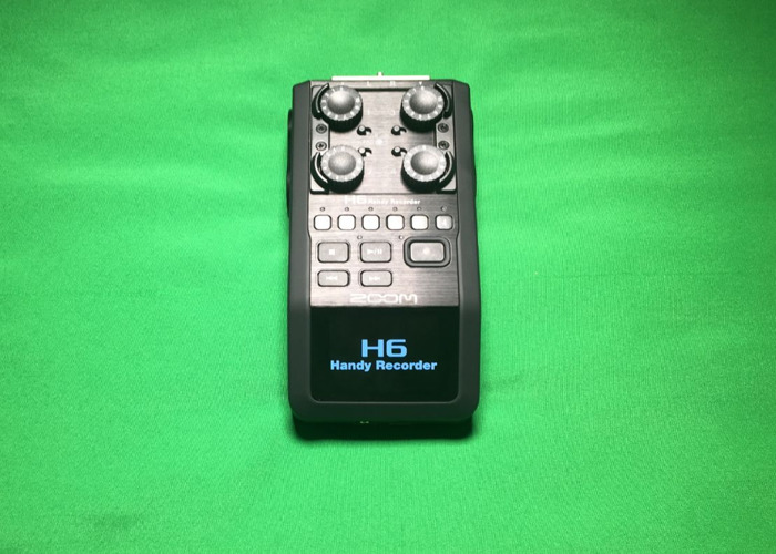 Zoom H6 audio recorder with 64GB SD card - 1
