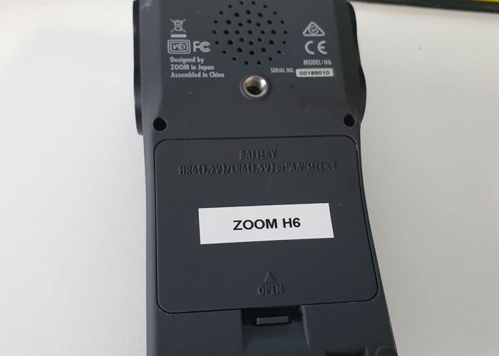 Zoom H6 with Extras  - 2