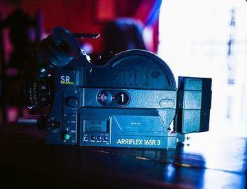 Rent Canon 318m Super 8mm camera in Singapore | Fat Llama