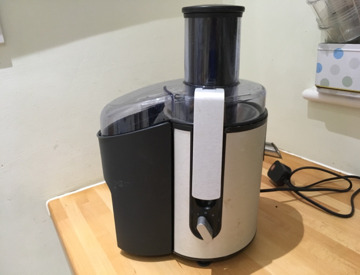 Rent Philips juicer 700w in Poole (rent
