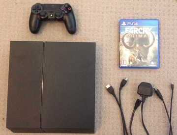 Rent ps4 with controller, all cables and game in London