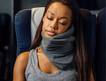 Rent TRTL Travel Pillow in St. Louis
